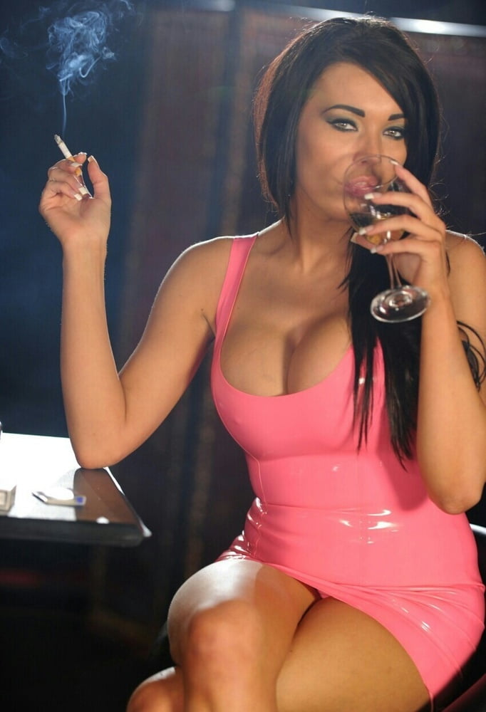 smoking-big-tits