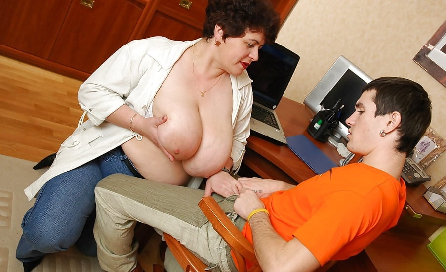 Older women with younger men 203 - 16 Pics