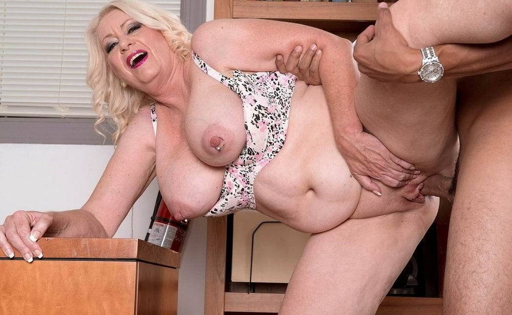Large older women sex