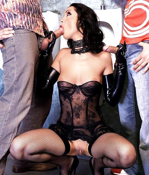 Девушка в корсете минет, порно красивые латиноамериканки