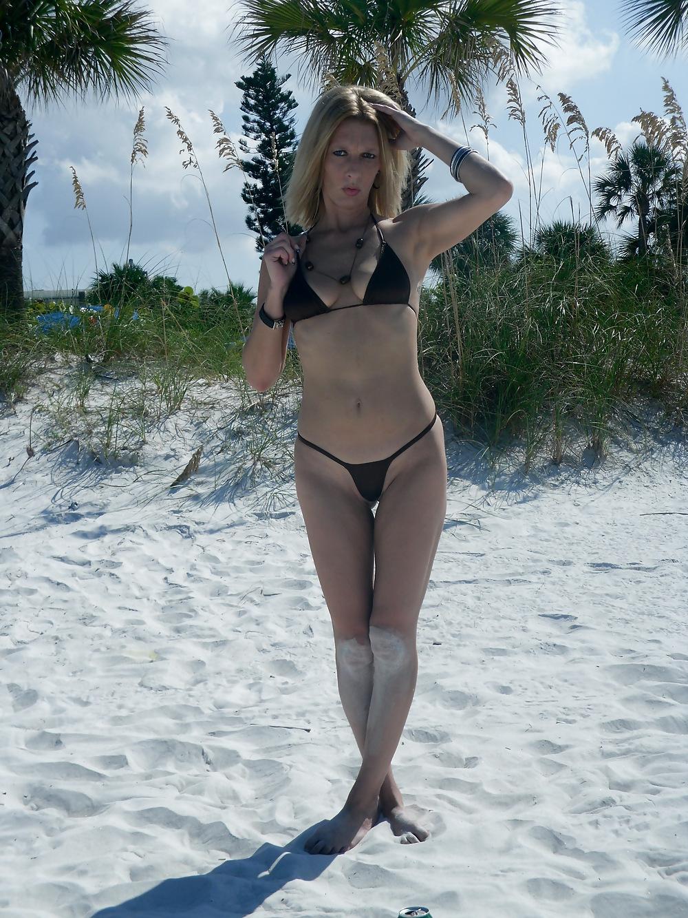 Amateur nude beach photo
