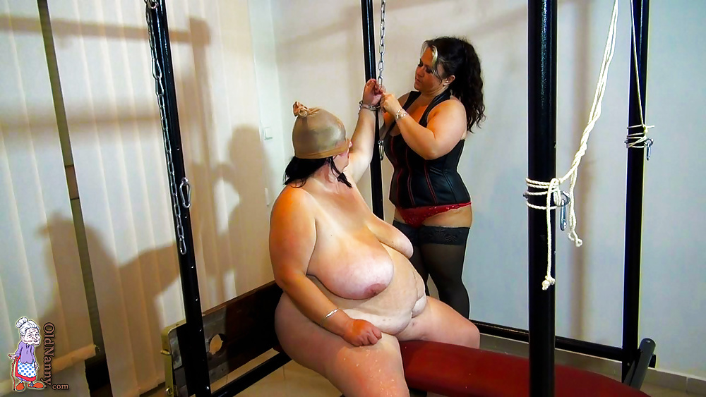porn-fat-slave-girls-the-women-of-naked-and-afraid-tits