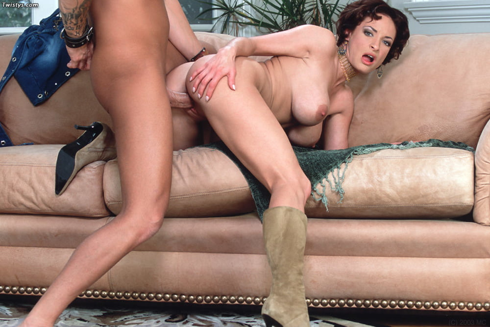 Angelina Jolie Sex With Women
