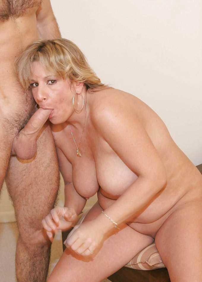 Порно фото сосущих пожилых теток #10