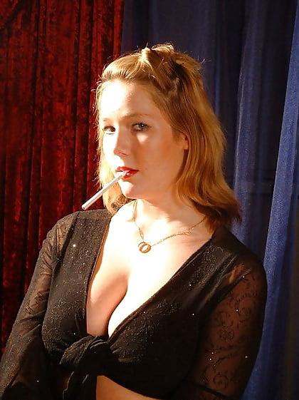 Elizabeth douglas eve 120s cigarette on webcam - 5 1