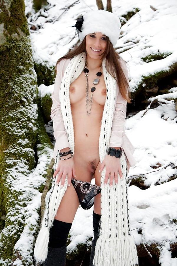 Sexy Snow Bunnies