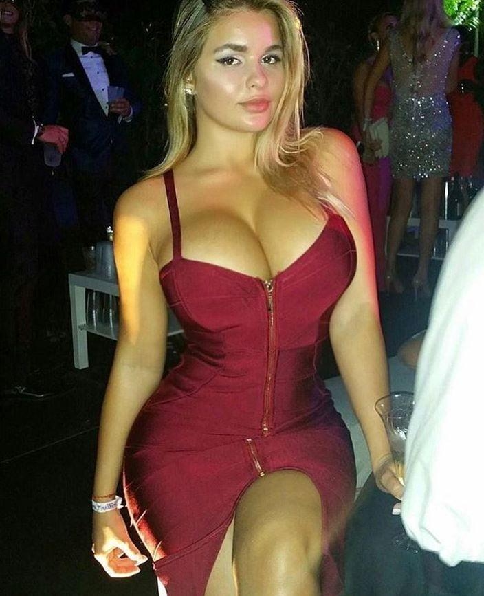 Sexy girls naked ass big tits