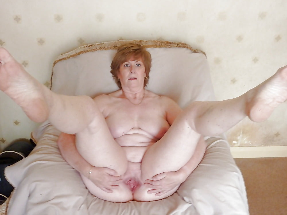 naked-grannies-sexy-legs