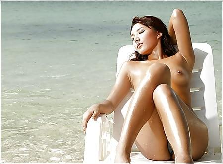 Finest Golfer Nude Woman Scenes