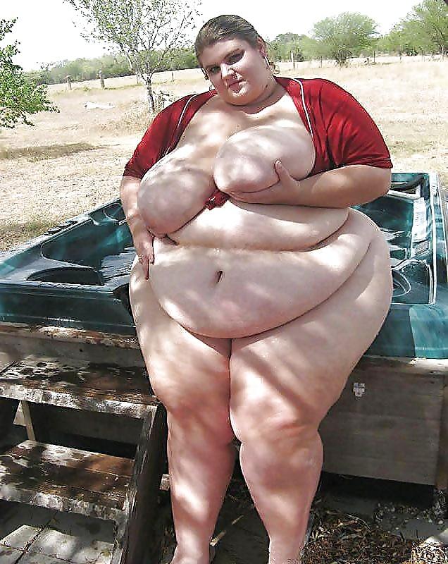 Big fat naked guy