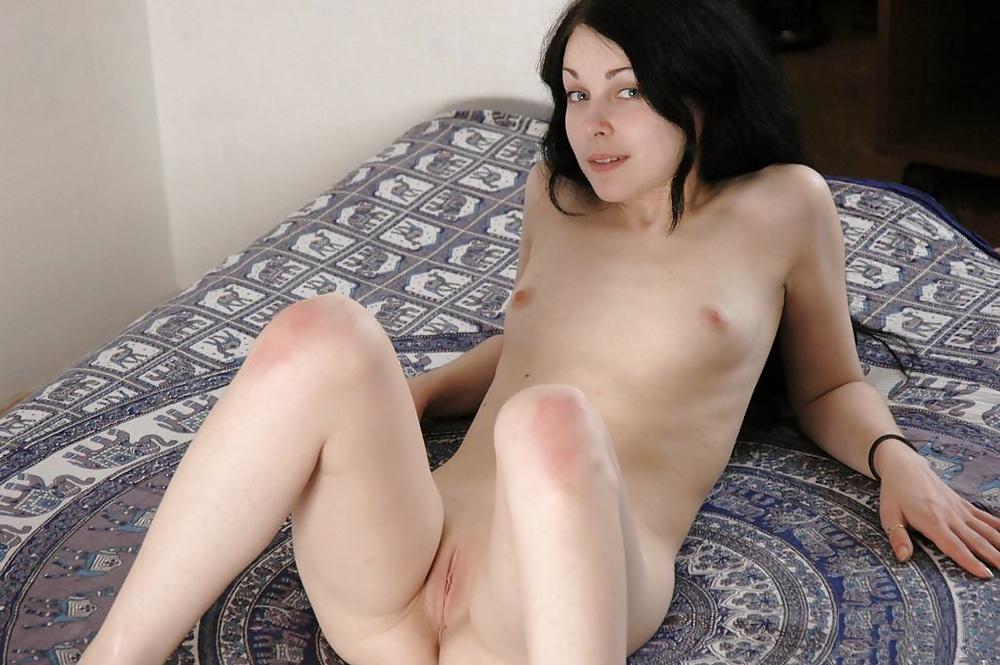 Sexy naked bd virgin girl photo