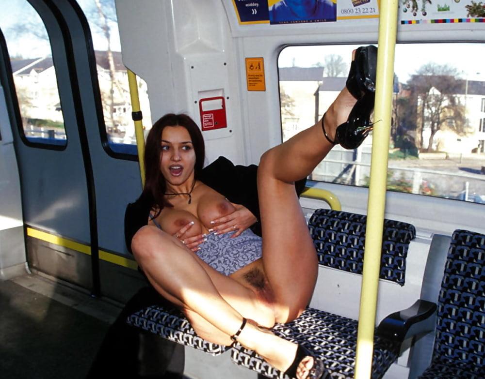 devushek-znakomstvo-v-metro-potom-porno