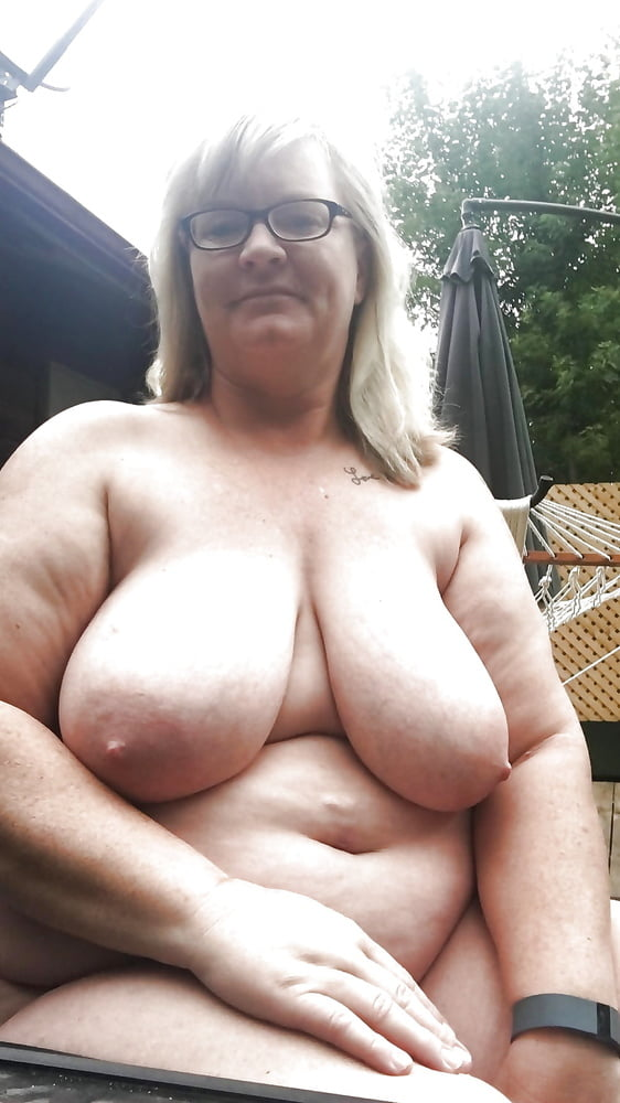 Mommies tits