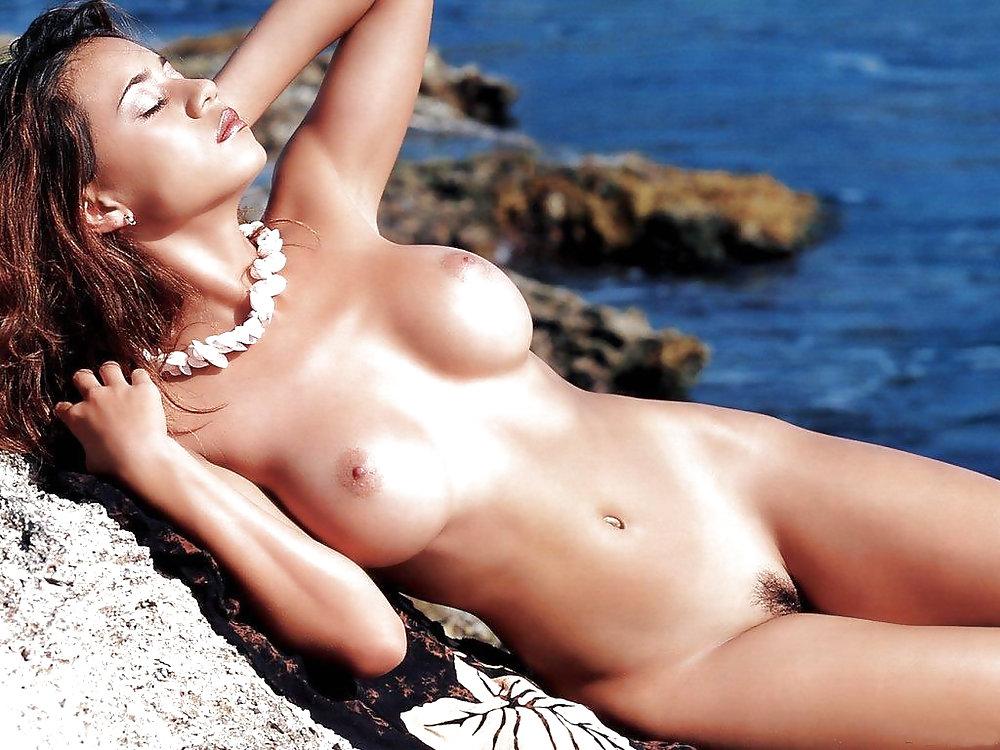 Hot sexy naked brunette girls