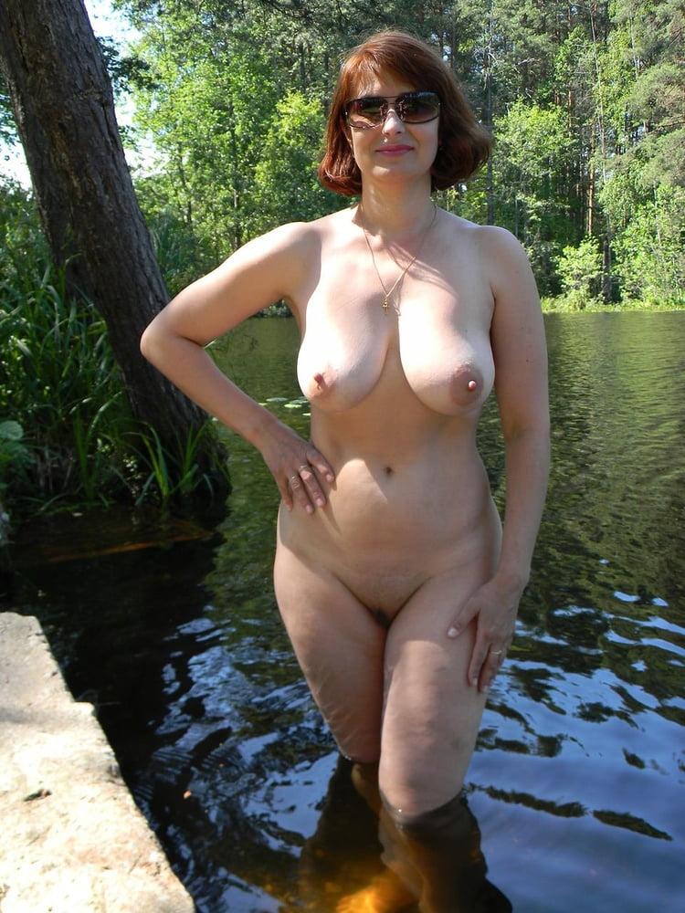 фото голые русские бабы на природе тут