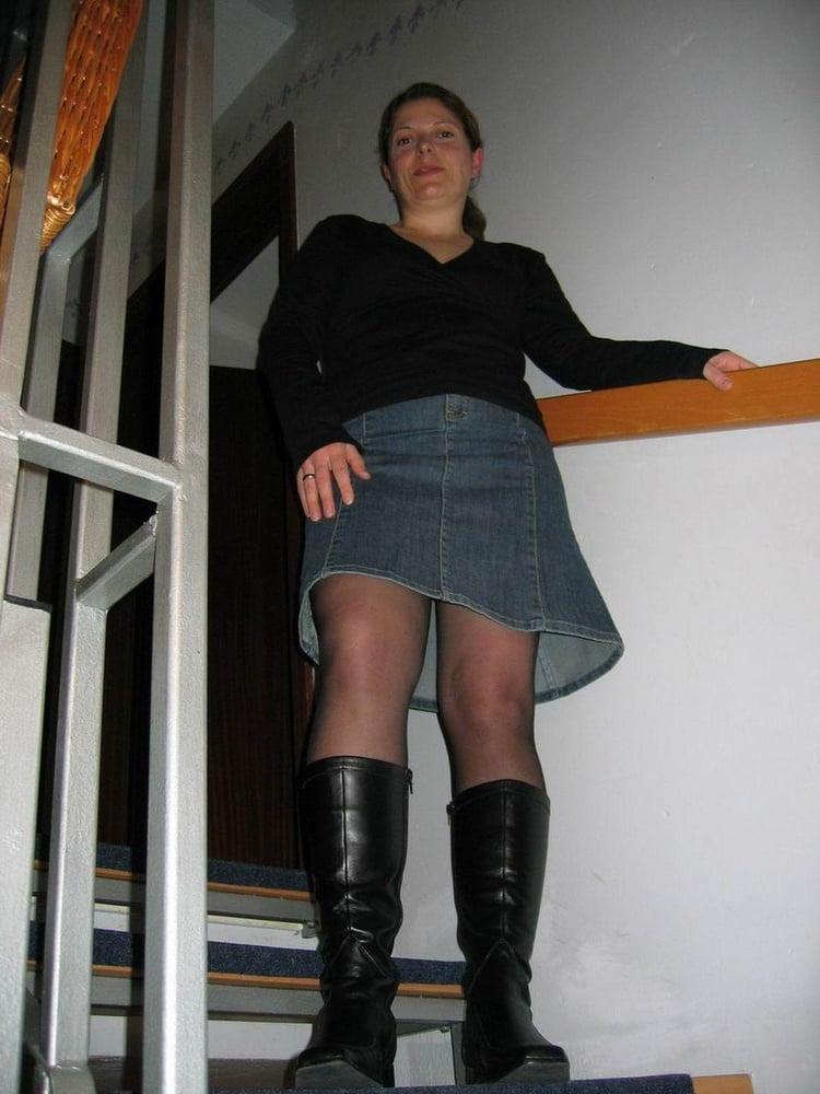 Pregnant (mostly) German lady - 150 Pics