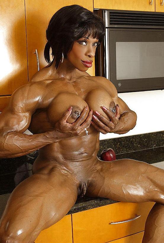 Muscle girl cumshot, sexiest ass on the internet