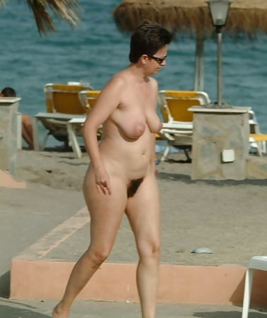 Hots Candid Friends Nude Images
