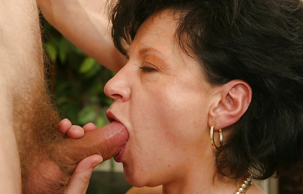 milfs-young-lover-anal-sex