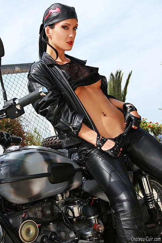 Bikers Leather Studded Belt