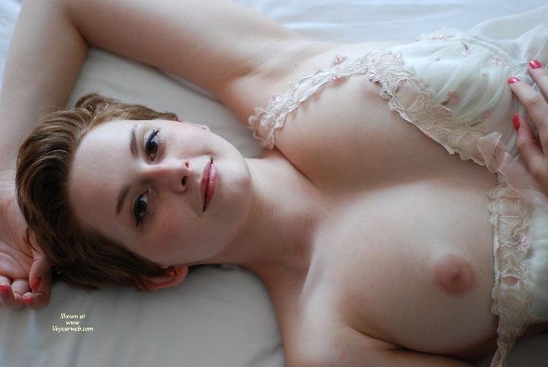 junior-porn-wight-girl-nude