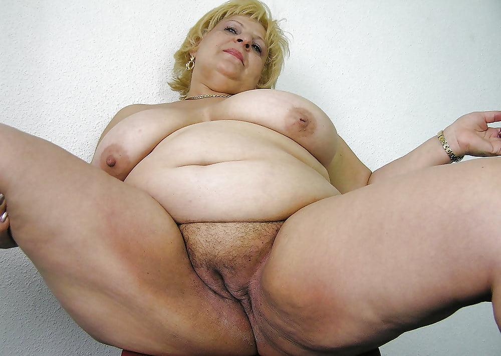 толстые старенькие женщины порно