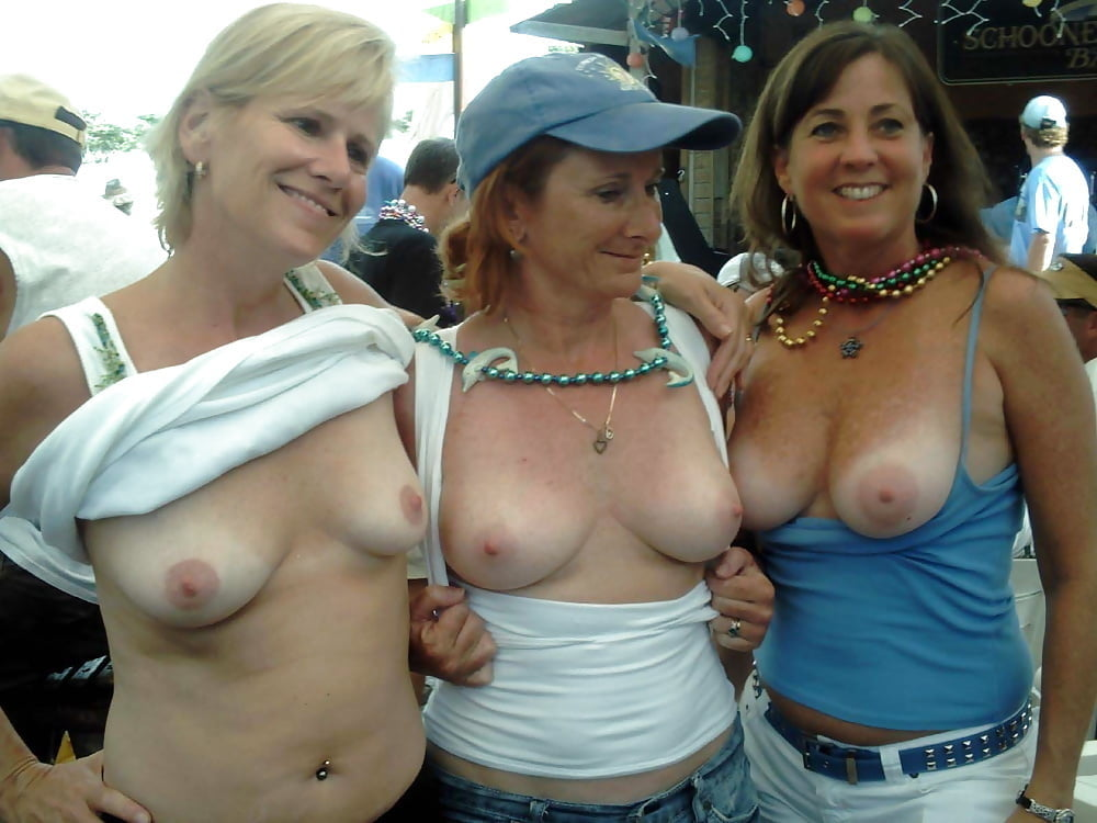 flashing-tits-free-videos