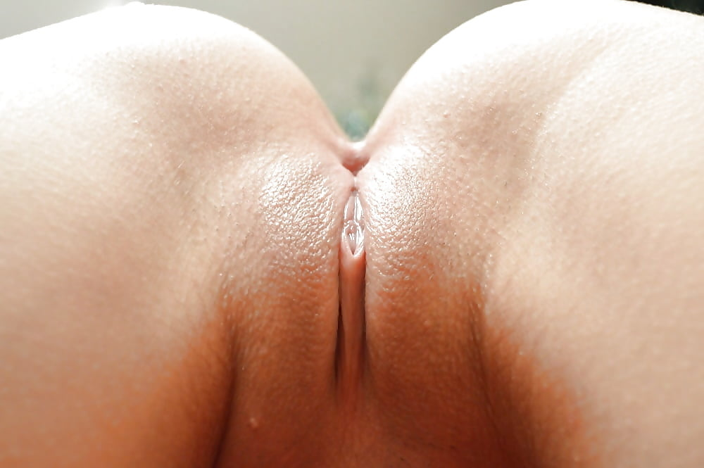 nude-girls-showing-their-vagina-up-close