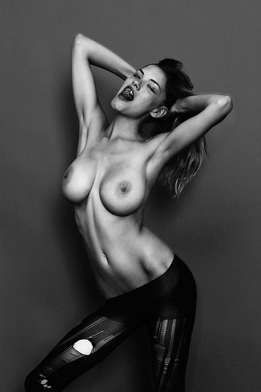 Anna nicole smith naked ass porn pics