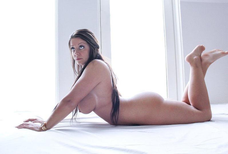 Mia Doran Free Nude Celebrities