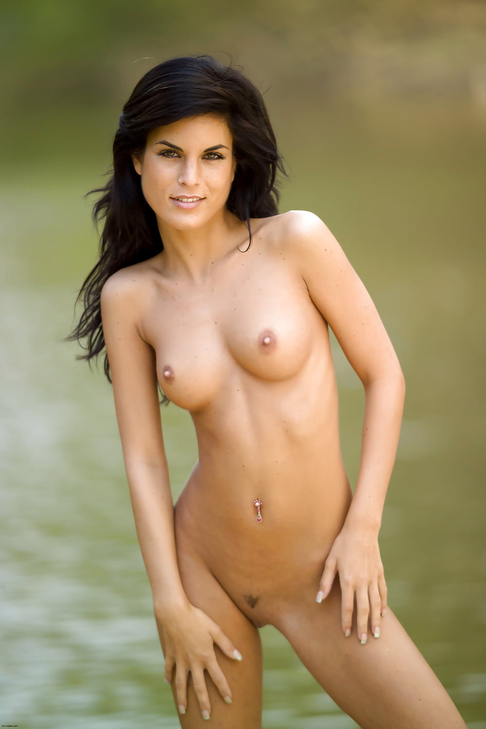 Nude pictures for nelly makdessy