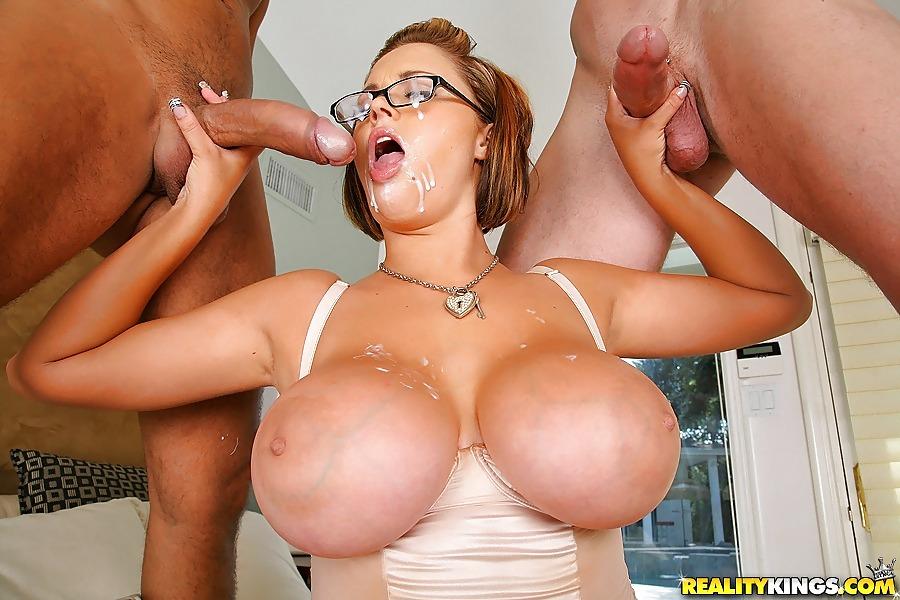 фото женщин с большими сиськами в сперме мне