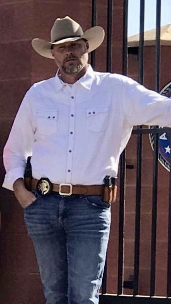 Pin On Cowboys Gunslingers